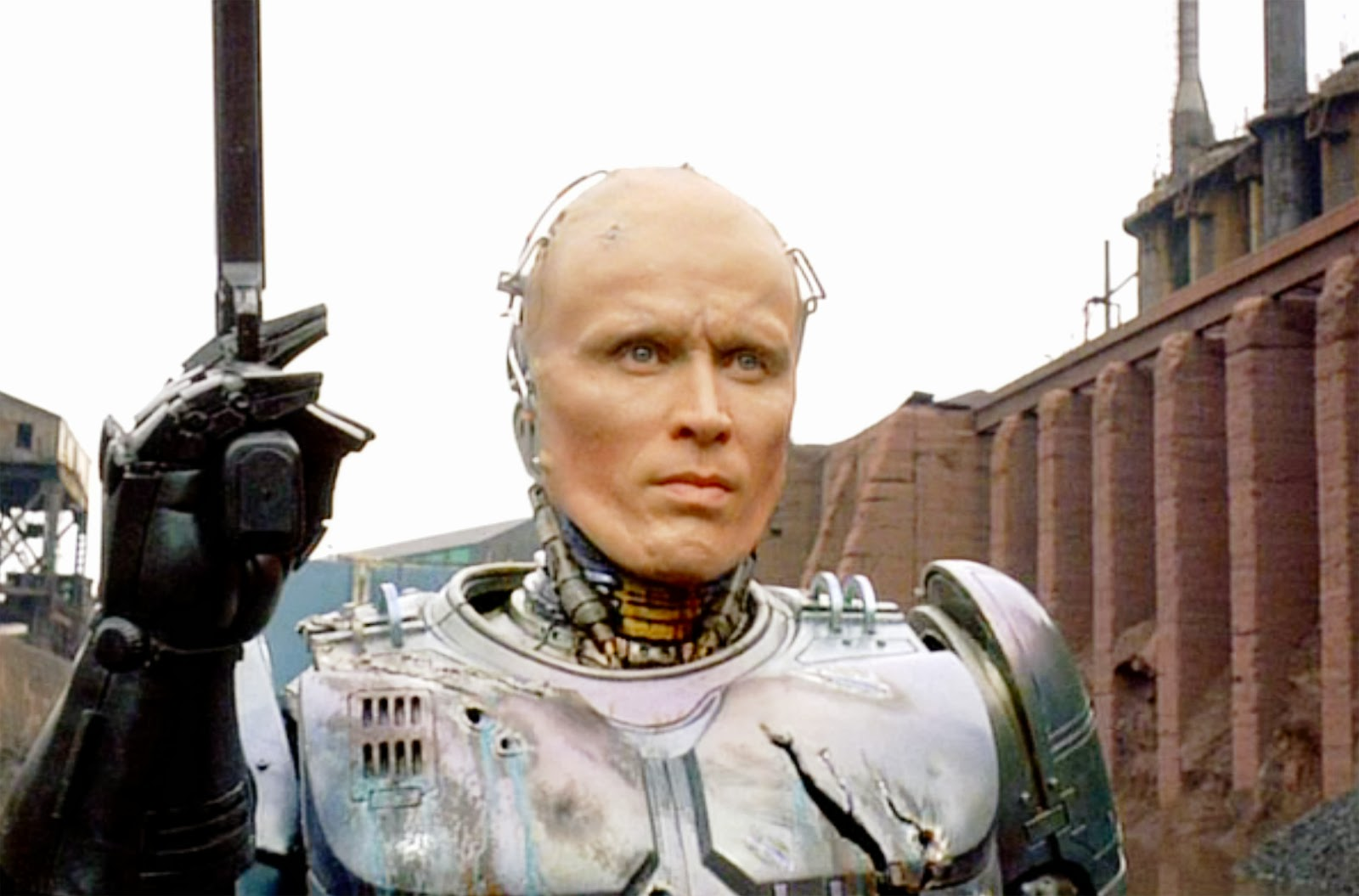 an analysis of the movie robocap If anyone was under the impression that paul verhoeven's 1987 robocop was  a vision of the future, jose padilha's pumped-up, cleaned-up.